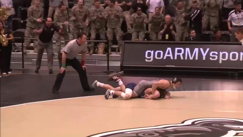 U.S. Army wrestling day at Camp Pendleton. Соревнования по борьбе на военной базе Camp Pendleton в Сан Диего.