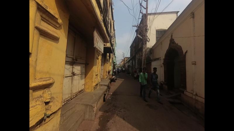Wandering the streets of Puri. Narrow lanes, Shri Jagannath Mandir and Markandeshwara Sagar