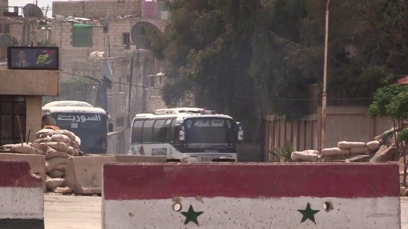Восточный Ghouta: Воинствующая эвакуация из Думы возобновляется ... Автобусы, выдворяющие бойцов из сирийского города Дума