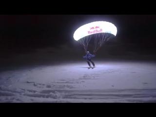 Светящиеся парапланы Speed Riding at night in Chamonix ¦ Moonline