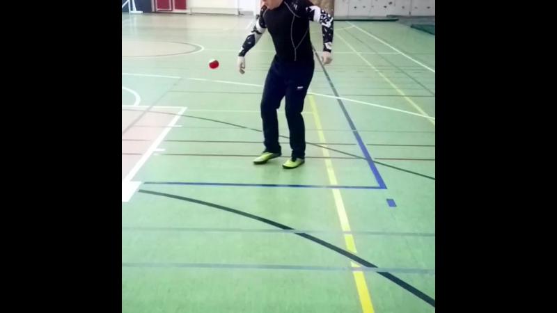 Набивание теннисным мячом 💪
