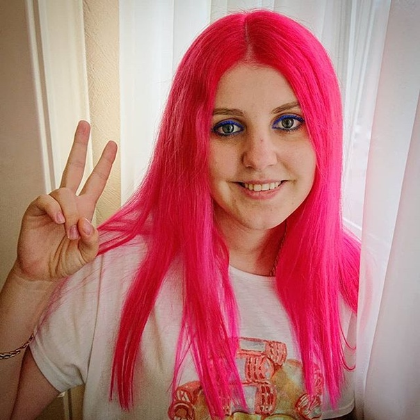 Анастасия Богослова: Снова розовая кошка 🐈