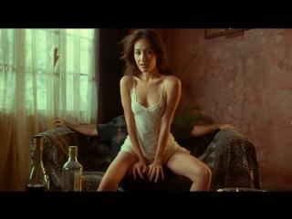 худ.фильм боевик о девушках киллерах (бдсм, bdsm, похищение, бондаж): Обнажённое оружие(Chek law dak gung) - 2002 год