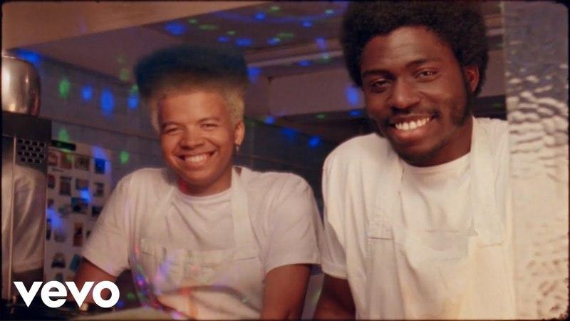 Blue Lab Beats - Oooo Lala ft. Kaidi Akinnibi