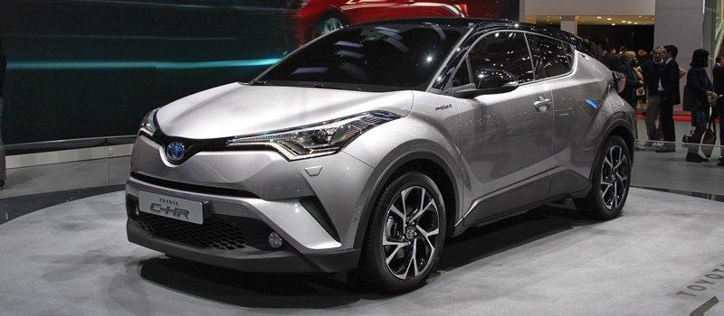 Toyota: новый бестселлер среди кроссоверов