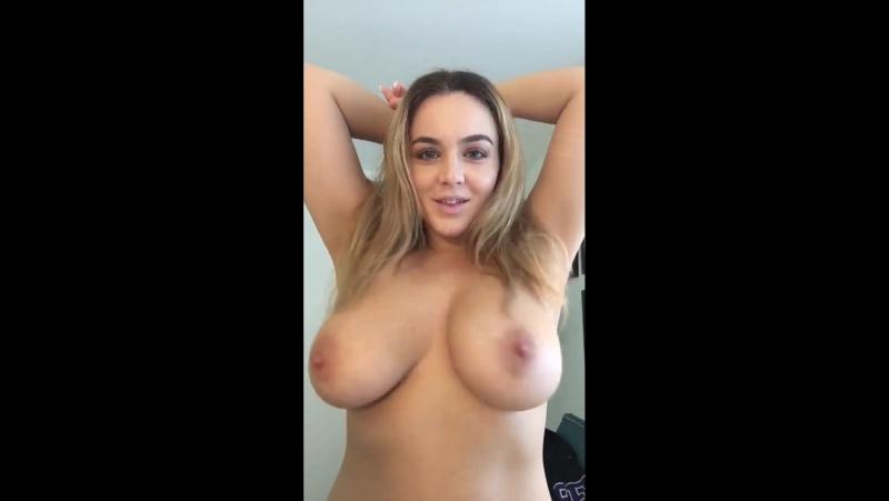 Natasha Nice трясёт большими натуральными сиськами звезда порно модель секс эро