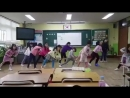 Elementary School students in Korea dancing to iKON's Love Scenario!! They learned the choreography too wow, the impact!
