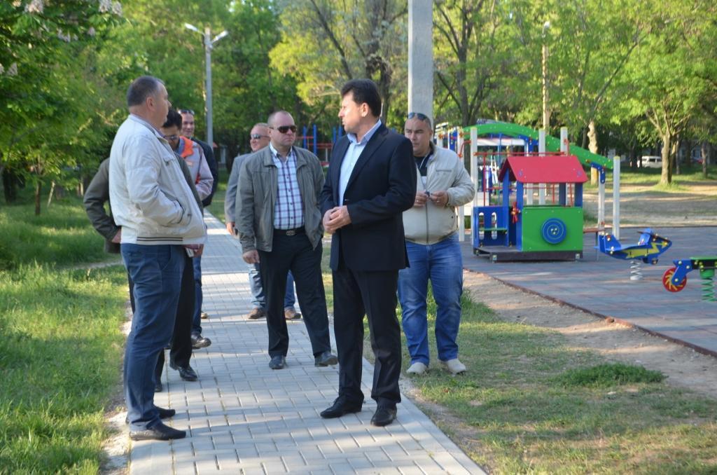 Глава Армянска провел совещание по очистке города