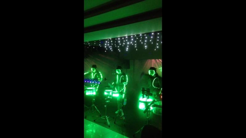 Zanoza шоу барабанщиков