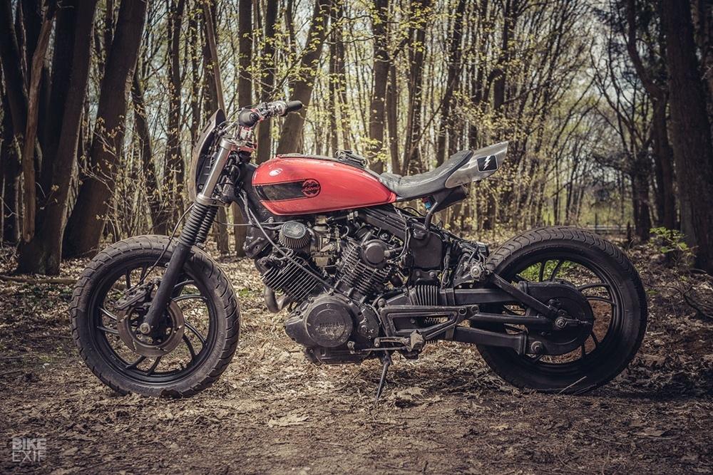 Moto Adonis: трекер Yamaha XV920R
