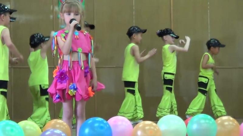 Таберик. Детская песня Робот Бронислав. ( 1 июня 2013)