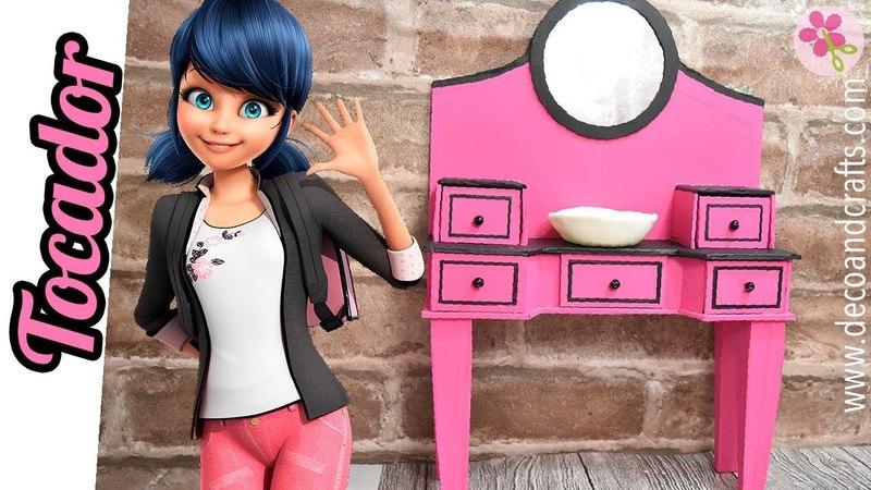 Tocador de Carton Ladybug para casa de muñecas - DecoAndCrafts