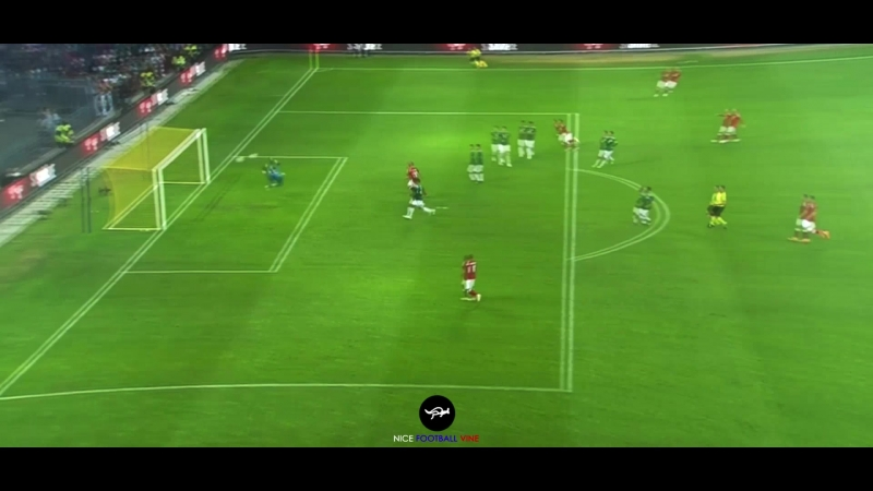 Юссуф Поульсен кладёт красивый мяч в ворота Очоа | Abutalipov | vk.comnice_football