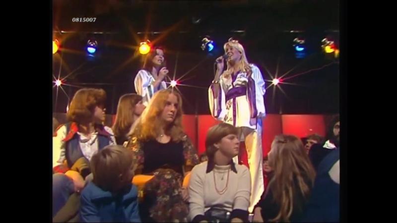 ABBA - Dancing Queen [HD] (1976)