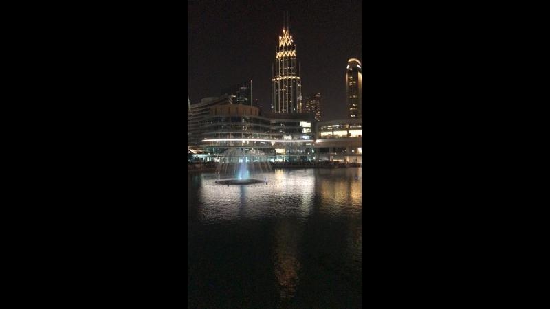 Знаменитые фонтаны в Дубае
