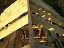 Ставим конек крыши, стропила и затяжки. Каркасная бытовка 6 на 3 на винтовых сваях. Часть 6.1.