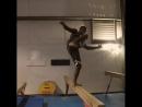 Эд Рут тренирует баланс