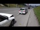 Водитель Toyota Caldina буксирует въехавший в него седан