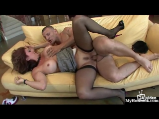 raquel_devine_is_the_milf_of_everyones_dreams__and_this_mature_sexpot_is.mp4