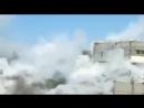 شاهد لحظة سقوط صاروخ على احد المباني في سورية مرعب(360P).mp4