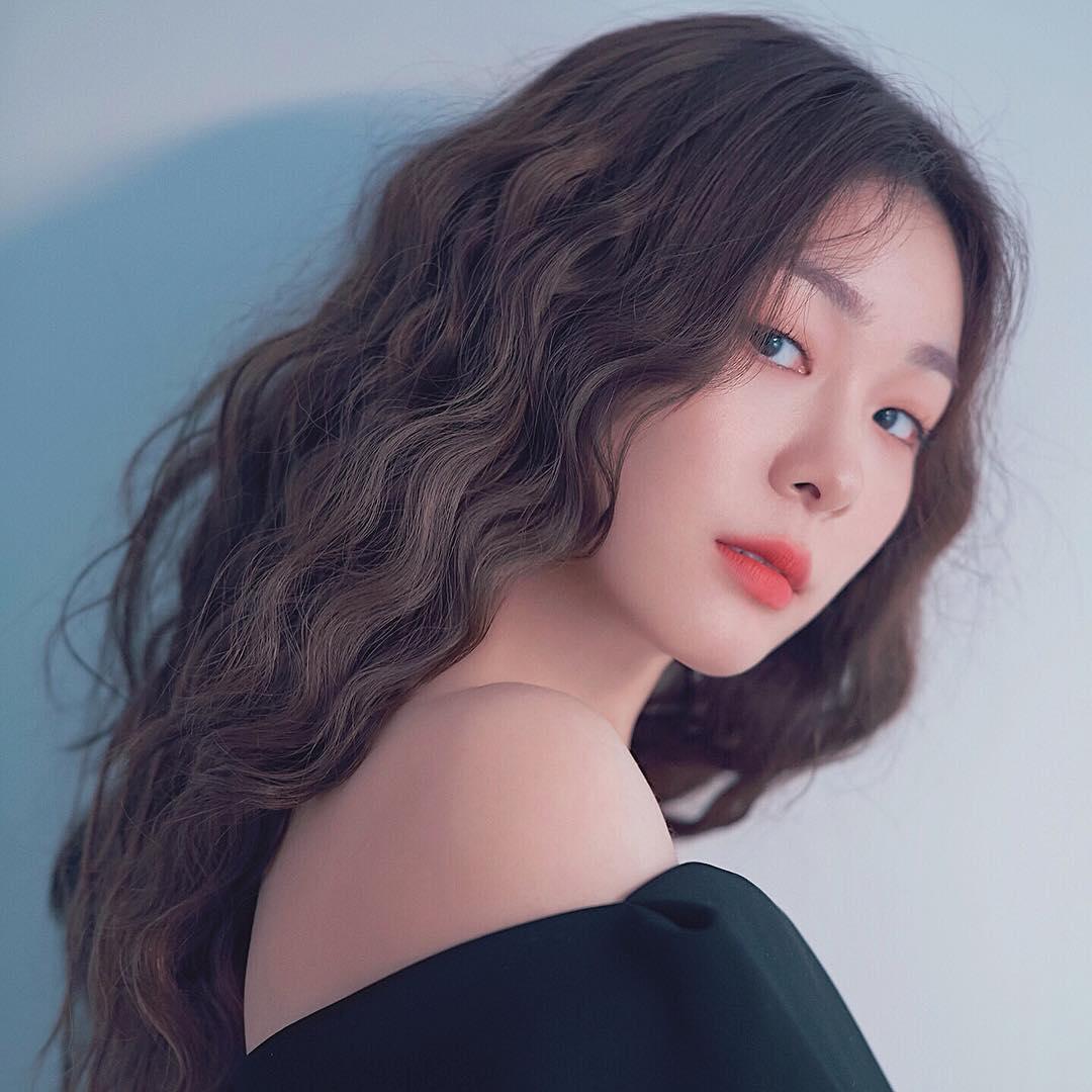 Юна Ким - Страница 5 Xwh5OU8h7hA