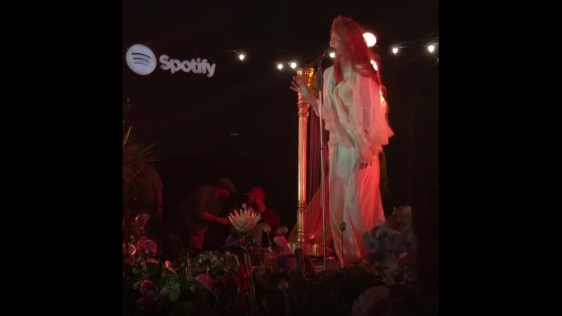 Florence The Machine — Shake It Out (Live at The Greenpoint Loft, New York City | 24.06.2018)