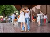 Как танго помогает бороться с травмами от войны