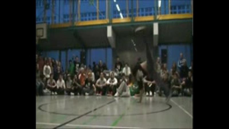 KA4KA.RU_Lil_Ceng_(Flying_Steps)_-_Trailer_2011_[HD].3gp