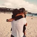 Любовь это такое состояние души, когда жить не можешь без любимого, он необходим как воздух…