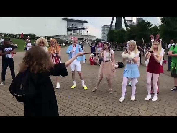 Косплеерша сразила всех наповал танцем Гермионы