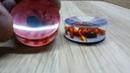 Фишки для нард из оргстекла с 3D пауками на паутине на красном и синем фоне обзор 1
