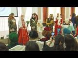 День хиджаба в Крыму отметили показом национальных костюмов и фесов