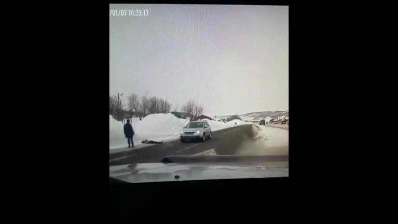 ‼️‼️‼️‼️Полиция г. Елизово просит откликнуться водителя и пассажира автомобиля Тойота Ленд Крузер 80 (с прицепом перевозящим с