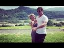 Chris Hemsworth dancing to the Despacito