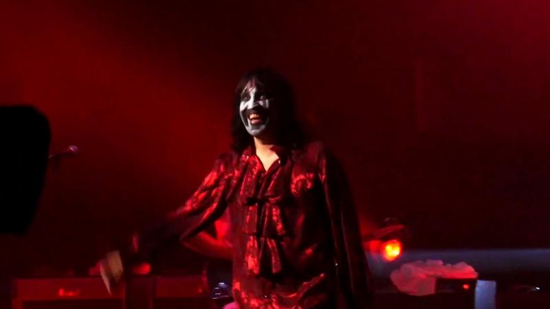 Kasabian - Vlad The Impaler (Live at Le Zénith, Paris 2017)