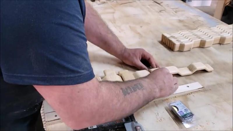 Невероятная панель из дерева