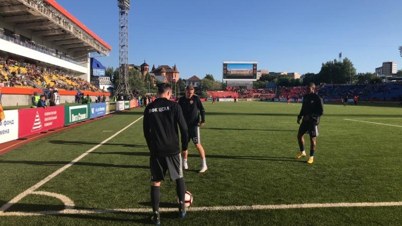 Команда ЦСКА готовится к матчу с Енисеем на стадионе Геолог в Тюмени