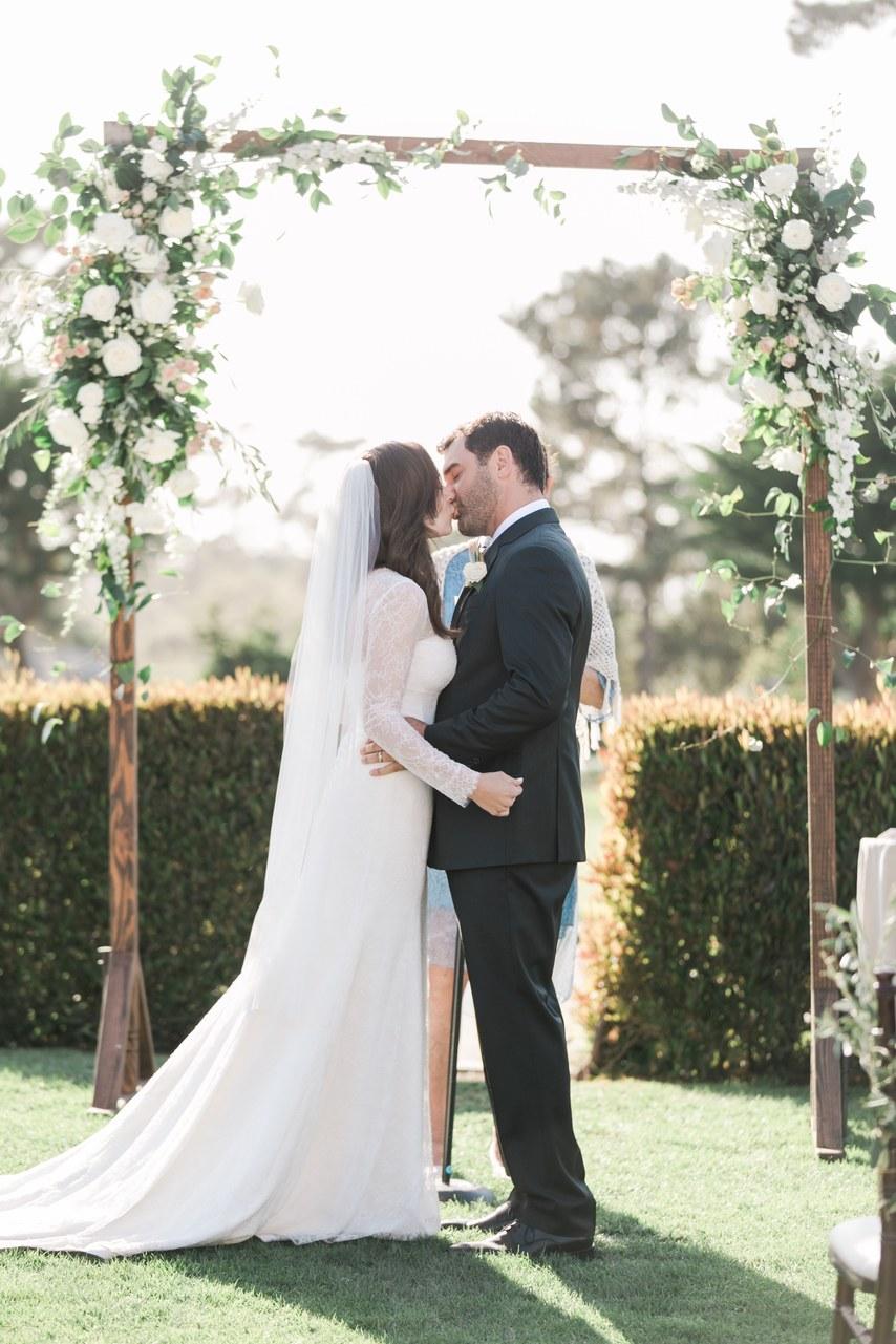 uODLTZyXG1s - За что отвечает свадебный ведущий
