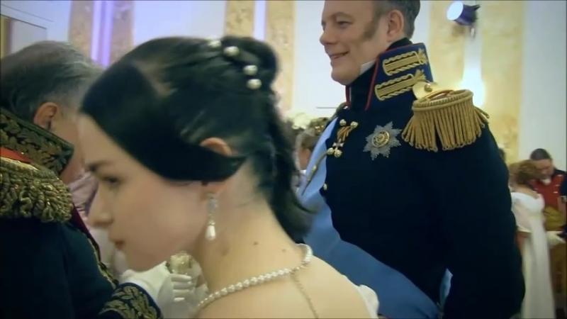 Изабелька на балу в ролевой игре Vive Bonaparte во славу путинизма