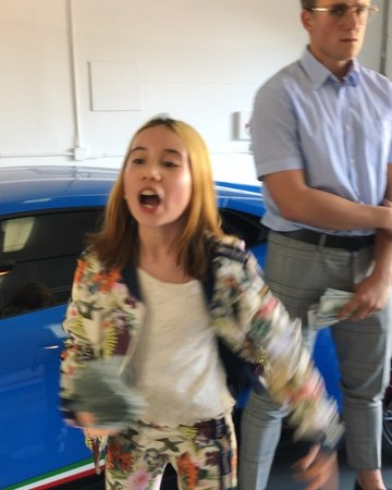 Lil Tay 4 Prez 👑 on Instagram CEO GANG WE OUT HERE STUNTIN ON ALL YALL BROKE ASS HATERS 😂😂😂 500K in Cash and This lambs cost more than your colle