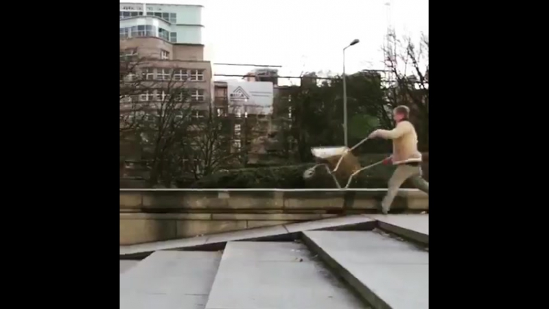 Fuck skating videos its all about the wheelbarrow now