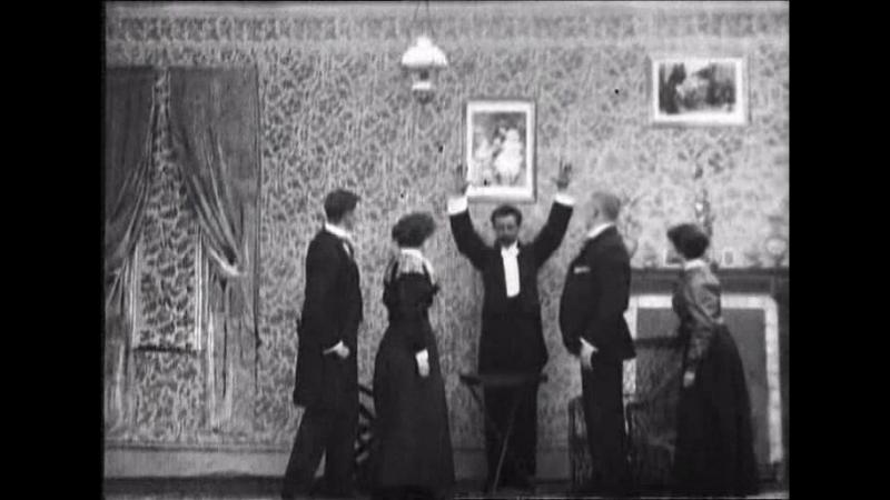 Коллекция фильмов Роберта У. Поля. Вверх тормашками или Летающие люди (1899)