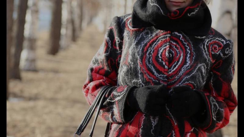 Пальто Красное и черное