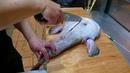 Япония Морепродукты Обработка и Приготовление Рыбы Чёрта Удильщика Японским Шеф Поваром