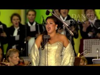 Анна Нетребко ВЫХОДНАЯ АРИЯ СИЛЬВЫ_Anna Netrebko sings Heia in den Bergen Silvas Aria