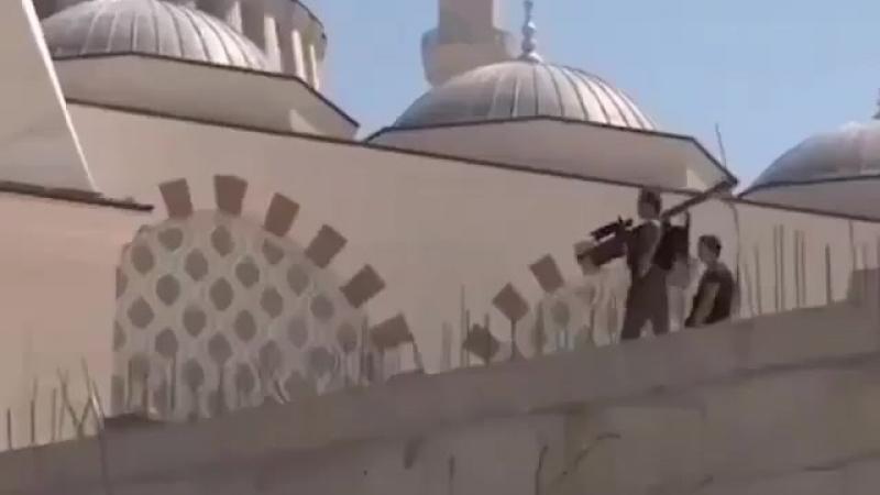 Охрана Эрдогана на крыше мечети с ПЗРК Стрингер