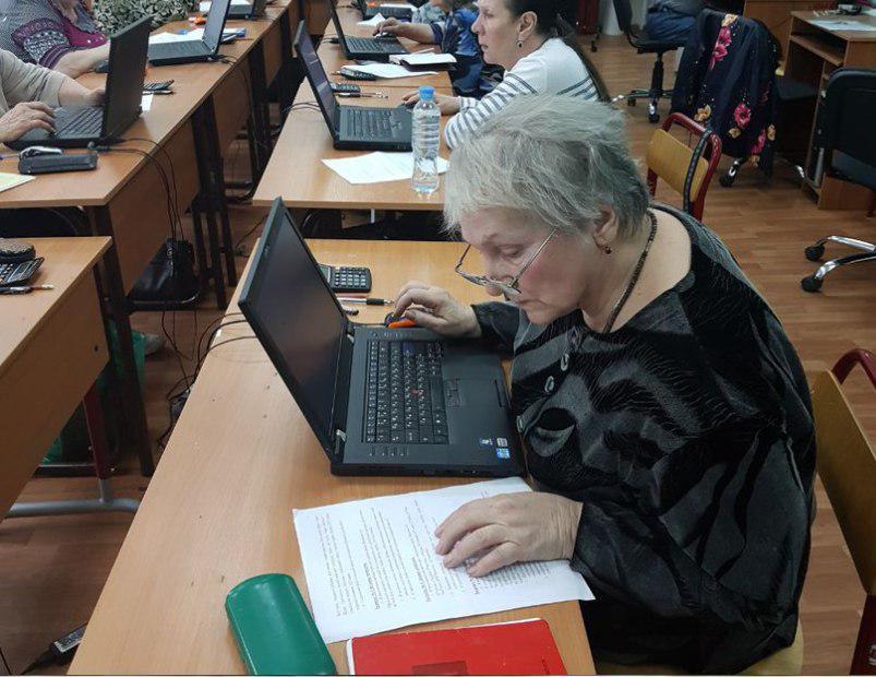 Занятия по информационным технологиям для пенсионеров стартовали в школе №1416 Лианозова