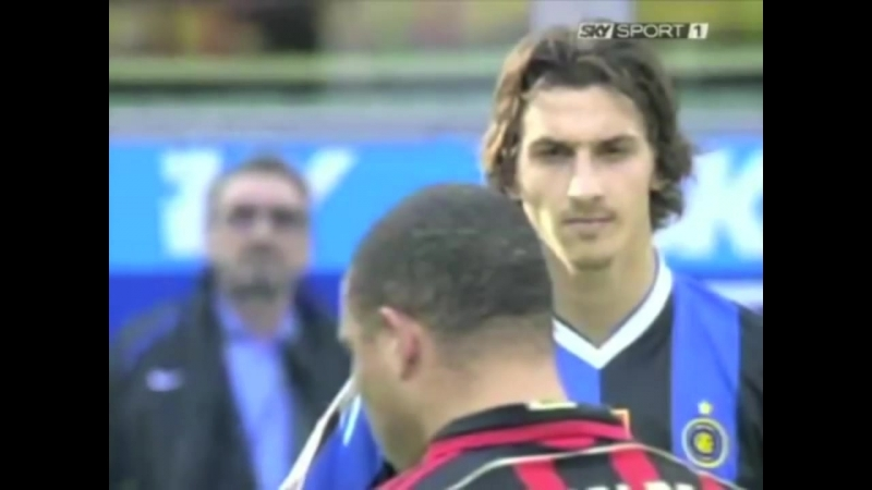 Ibra-meets-Ronaldo.mp4