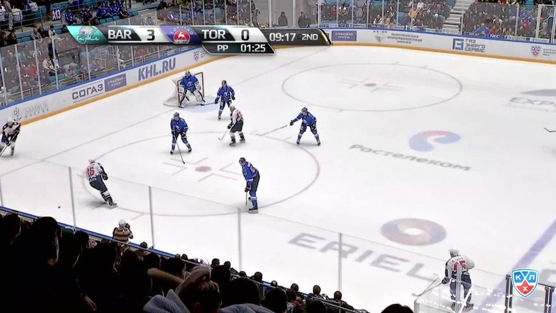 Моменты из матчей КХЛ сезона 1415 • гол. 31. Артём Аляев (Торпедо) щёлкнул в одно касание от синей линии 17.01