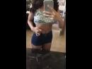Lana Rhoades хвастает сексуальной фигурой перед зеркалом